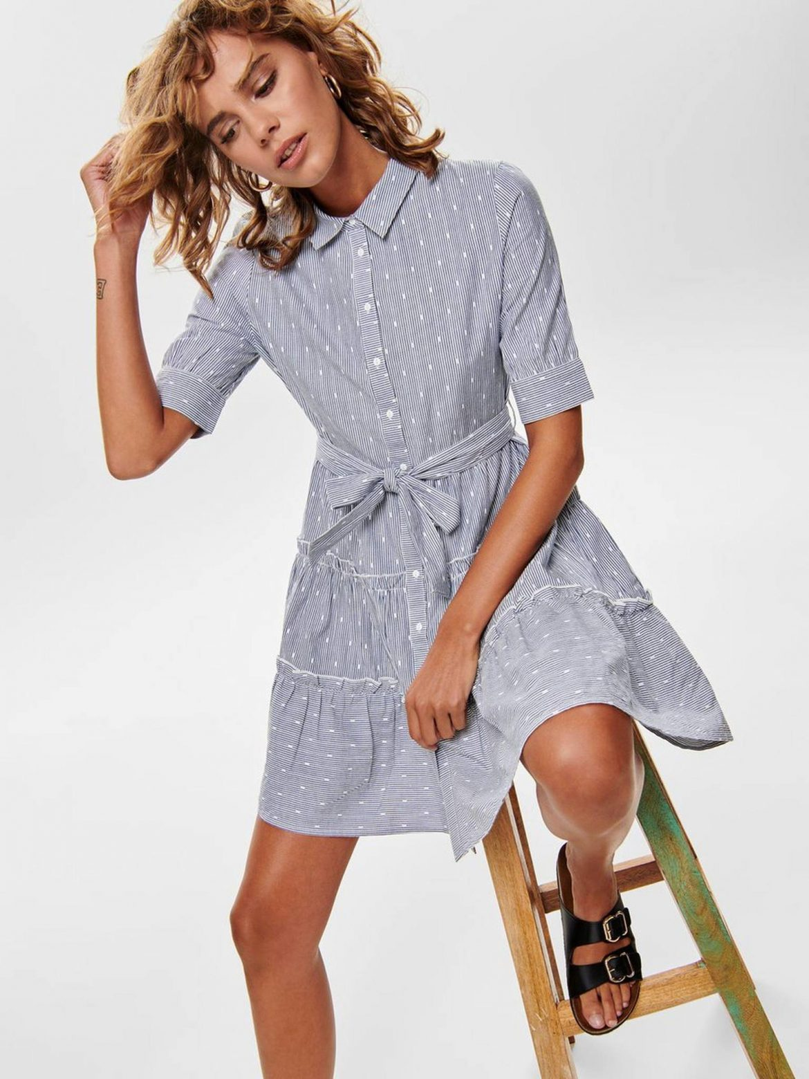 Light-dresses-are-a-must-for-spring-and-summer.fnaoh681913d81221d359dce6eafffa0d2065oe5D45B378.jpeg