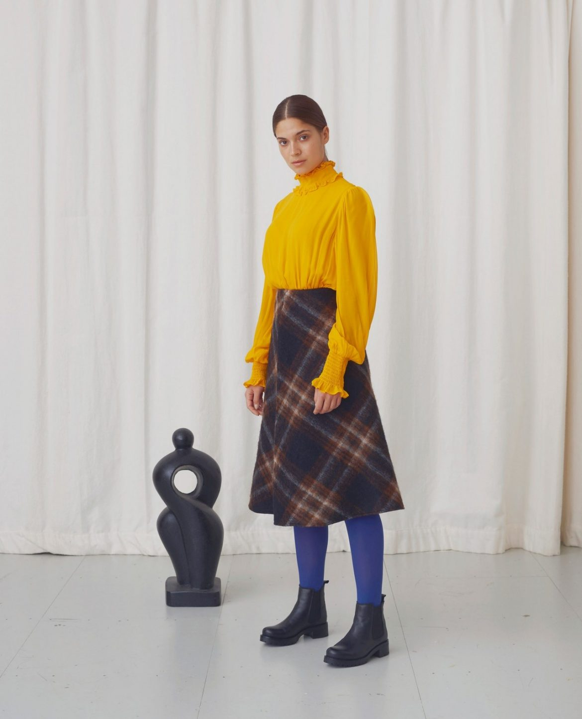 A-pair-of-black-chelsea-boots-goes-with-any-autumn.fnaoh588e60e5ee05feb6a89e89ce8a4e0f3doe5DF2FFFE.jpeg
